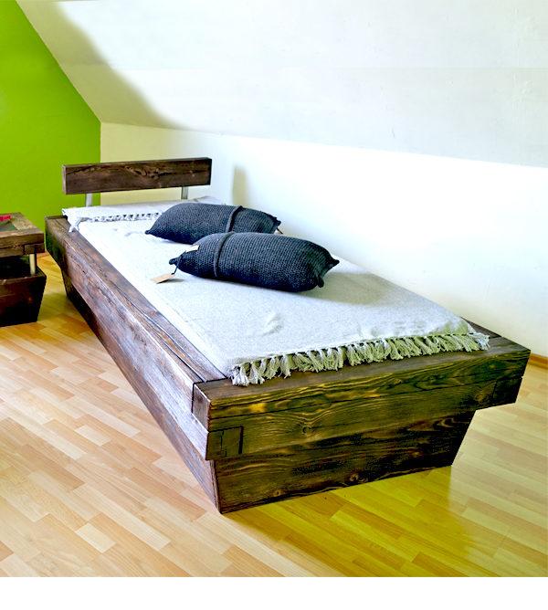 Balkenbett 90x200 cm aus natürlichem Massivholz