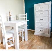 Ausziehbarer Esstisch in Weiß