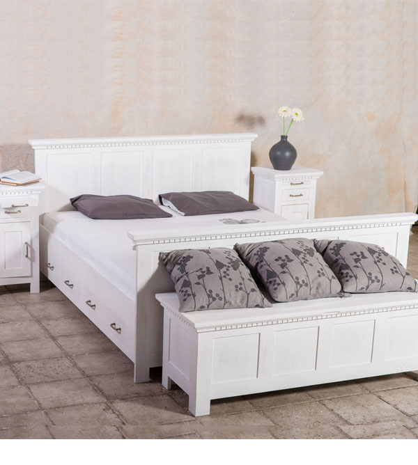 bett 180x200 cm klassisch lattenrost 4 schubladen optional massiv aus holz. Black Bedroom Furniture Sets. Home Design Ideas