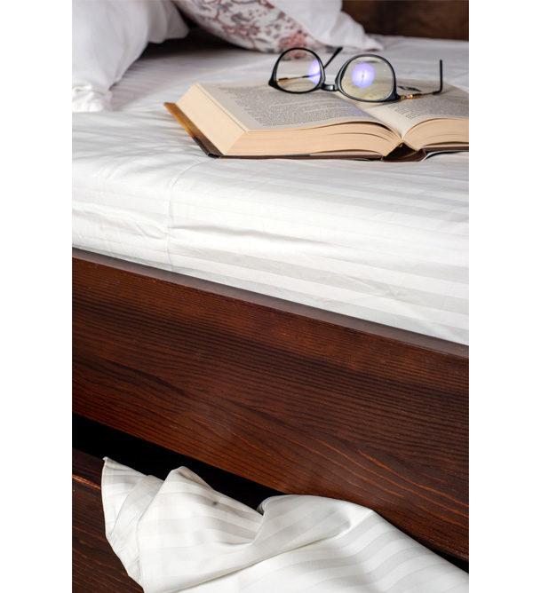 Bett mit Schubkasten - Farbe Kolonial rot kirschfarben