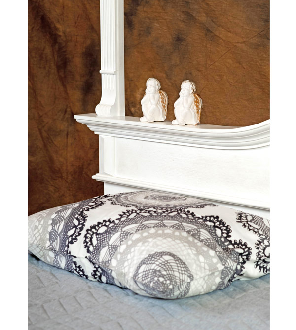 himmelbett 180x200 cm im landhausstil lattenrost 4 schubladen massiv aus holz. Black Bedroom Furniture Sets. Home Design Ideas