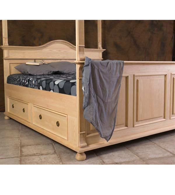 himmelbett 160x200 cm im landhausstil massiv aus holz. Black Bedroom Furniture Sets. Home Design Ideas
