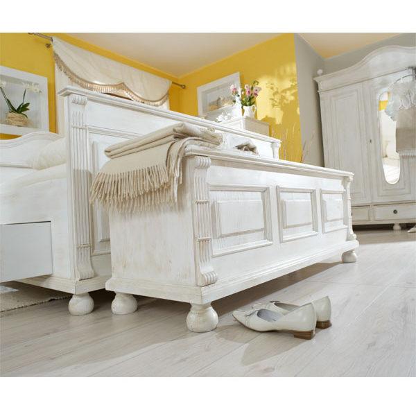 Holztruhe Landhausmöbel in Weiß