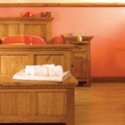 Kieferbett masiv Schlafzimmermöbel