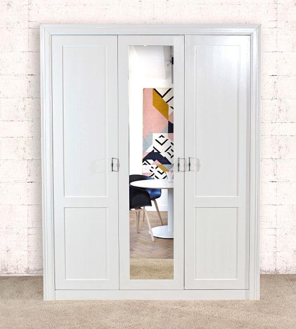 2-türiger Kleiderschrank mit großem Spiegel in Weiß