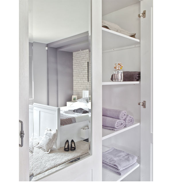 Kleiderschrank 3-türig mit Spiegel Schubladen optional - MASSIV AUS HOLZ