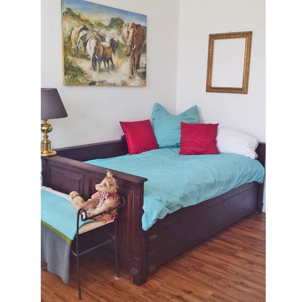 Kolonial Massivholzmöbel kirschfarbene Betten