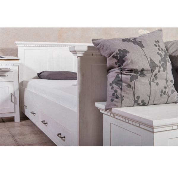 Bett mit Schubladen in Weiß aus massivem Kiefernholz