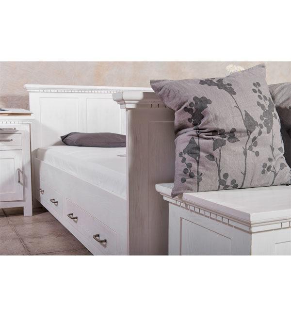 Bett 200x200 cm klassisch Lattenrost, 4 Schubladen optional