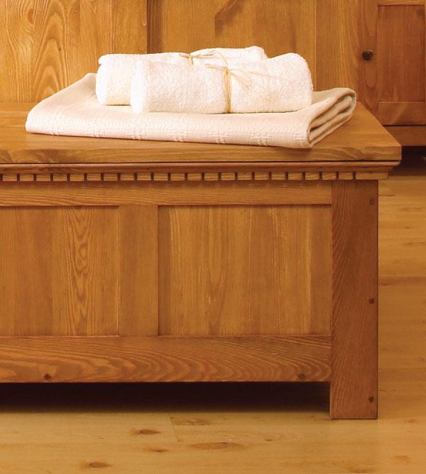 truhe classic collection verschiedene gr en massiv aus holz. Black Bedroom Furniture Sets. Home Design Ideas