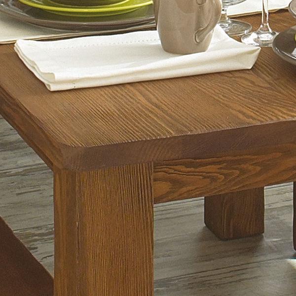 Massivholztisch aus Kiefer in Antik hell