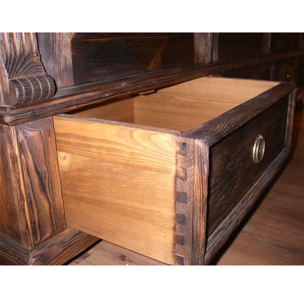 Möbel dunkelbraun rustikal gebürstet