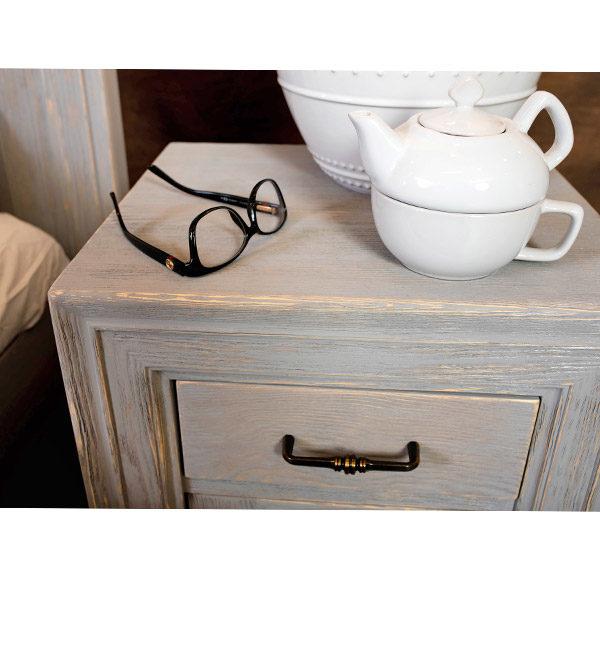 Schlafzimmer Nachtschrank in Farbe Grau shabby chic gebürstet