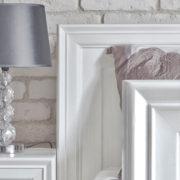 Nachtschrank in Weiß Holz Kiefer Massivmöbel