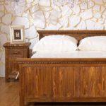 Naturholz Bett massiv rustikal