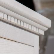 Naturholzmöbel in Weiß Shabby chic