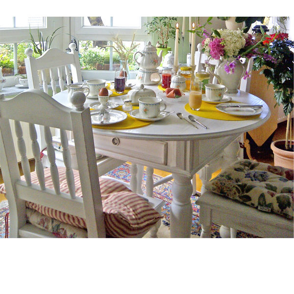 Runder Esstisch mit Schublade-Landhaus