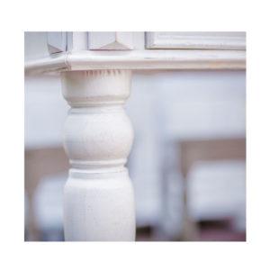 ovaler Tisch Landhausmöbel in Weiß