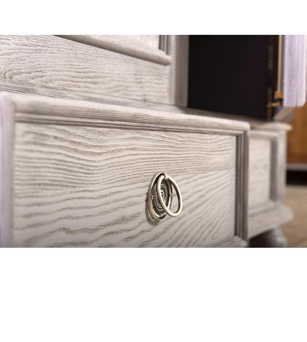 Massive Holzmöbel in Farbe Grau aus Kiefer