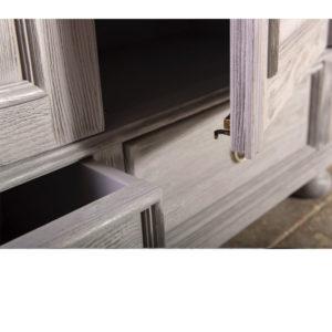 Massive Kiefernholzmöbel, Holzoberfläche Grau gebürstet und gewischt im Shabby Chic stil