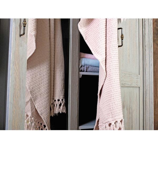 Massivholzmöbel in Farbe Grau, wahlweise dunkelgrau und hellgrau, gewischt und gebürstet im Shabby Chic Stil