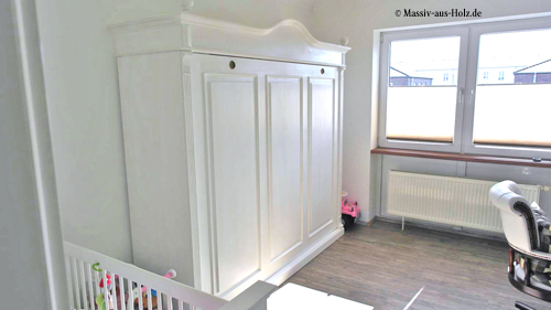 Schrankbett 180x200 cm im Landhausstil in Weiß