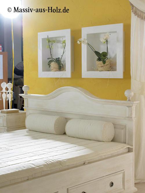 Komfortbetten ziehen ins schlafzimmer ein massiv aus holz for Komfortbett holz