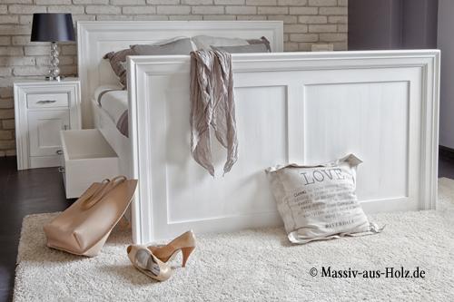 Massivholzbett - Komfortbett in Weiß mit Schubladen