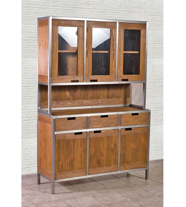 Küchenbuffet im Industriedesign klein