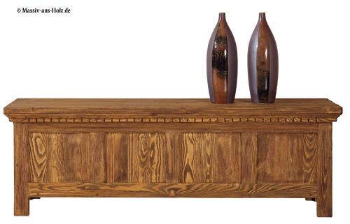 Massive Holztruhe aus Kiefer in Antik hell rustkal gewachst