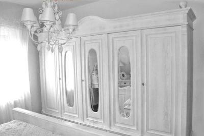 5-türiger Kleiderschrank mit Spiegel 250 cm breit