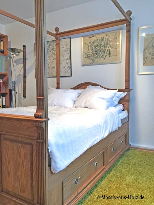 himmelbett aus holz himmelbett aus holz massiv in 140x200. Black Bedroom Furniture Sets. Home Design Ideas