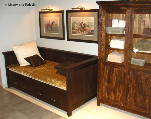 Wandbett mit Lehne und Schubladen