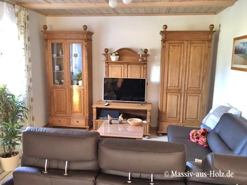 Landhausmöbel gewachst TV Schrank