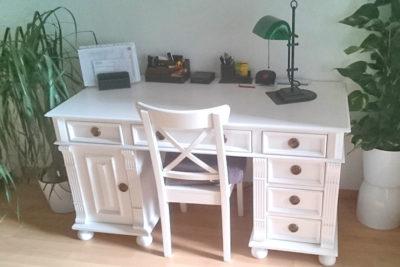 Arbeiten im Charme des Landhauses – Schreibtisch in Weiß