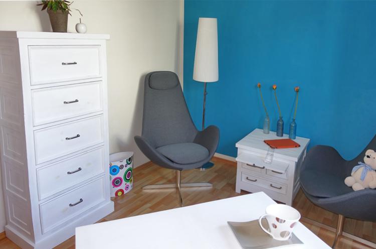 Moderne weiße Kiefernholzmöbel