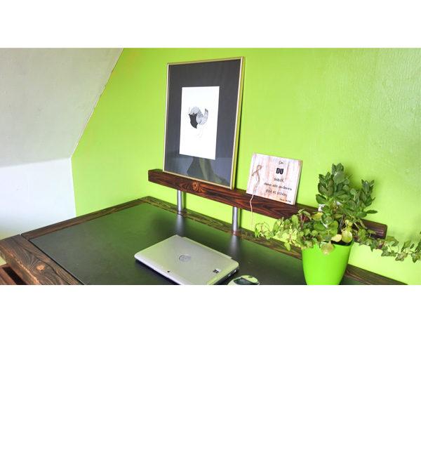 Massiv Holz Schreibtisch im Urban Style