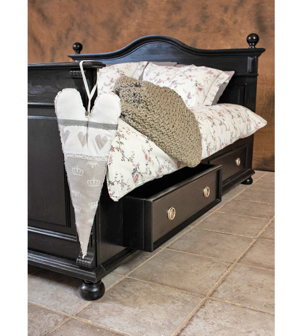 Landhausbett mit Schubladen - Farbe Antik schwarz shabby chic gewischt