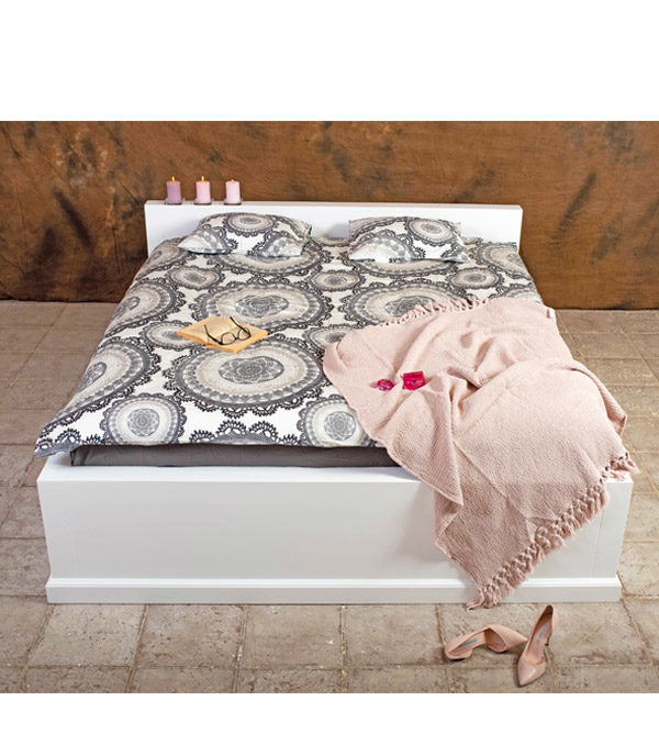 Massivholzbett 200x200 cm modern schlicht - Doppelbett aus massivem Holz Kiefer