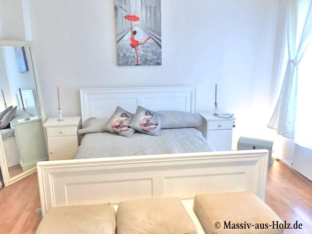 Schlafen in Leichtigkeit mit Weiß und Holz - MASSIV AUS HOLZ