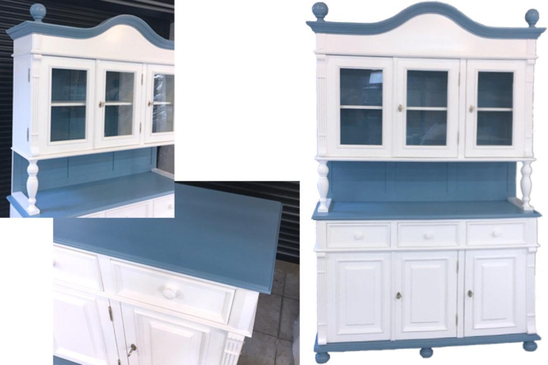 buffetschrank in pastellblau unterstreicht den stil. Black Bedroom Furniture Sets. Home Design Ideas