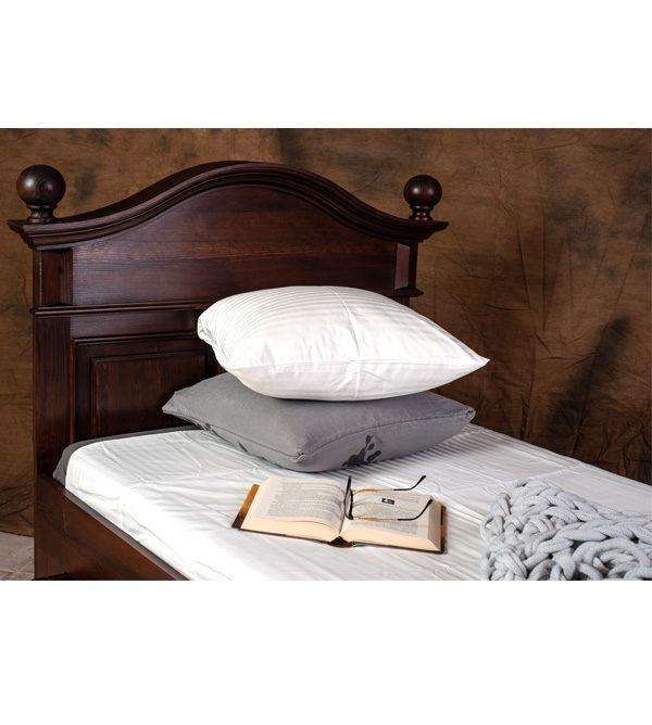 Kolonial Bett mit Schubkasten