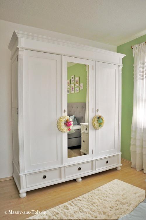 Kleiderschrank mit großem Spiegel, im Landhausstil, Farbe Weiß