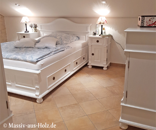 Wunschbett Bett Mit Niedrigem Fussteil Massiv Aus Holz