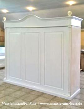 Schrankbett in Weiß im Landhausstil
