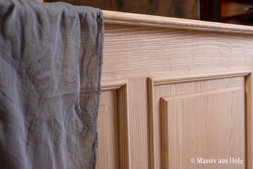 Natürliches Holz Esche naturbelassen natürlich gesund gewachst