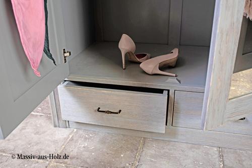 Kleiderschrank GRAVIT Farbe Grau gewischt Shabby Chic gebürstet mit Wischeffekt
