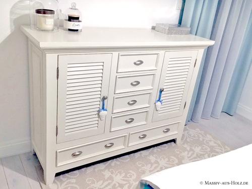 Sideboard mit Lamellentür Möbel mit Lamellen
