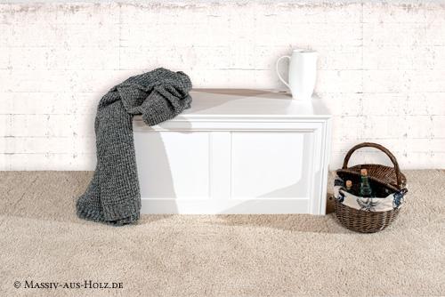 Truhe aus Massivholz modern weiß