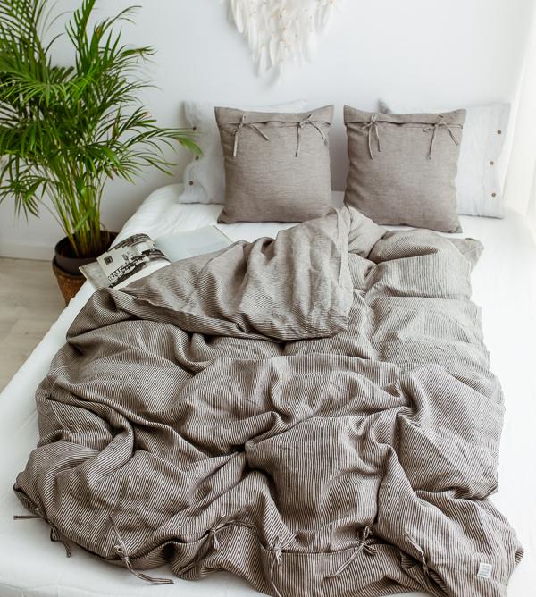 Bettwäsche - Kissen und Bezüge aus Leinen